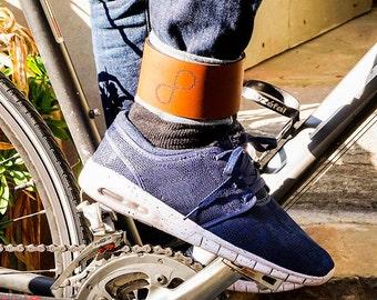 Pince-Pantalon Cuir pour cycliste