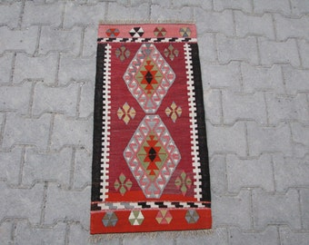 SMALL BOHO TURKISH Kilim Rug, Doormat Kilim Rug, Bath Mat Kilim Rug, Bohemian Kilim Rug, Small Size Turkish Tribal Kilim Rug, Welcome Kilim