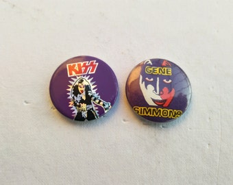 kiss , 2 kiss brooch, vintage early 80s