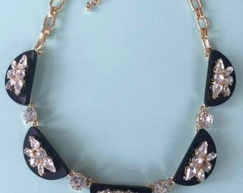 Beautiful Acrylic Crystal Necklace in Black