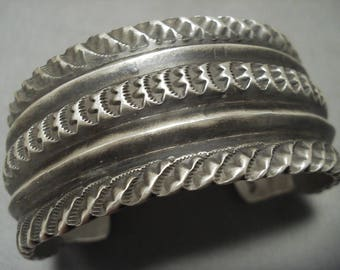 Extremely Detailed Vintage Navajo 112 Grams Silver Bracelet