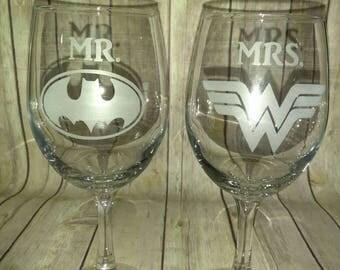 Batman Wonder Woman Wine Glasses  - Mr and Mrs Hand Etched Wine Glasses - Batman Wedding Glassware - Batman Wine - Wonder Woman wedding