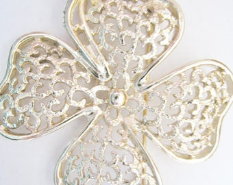 Sarah Coventry Gold Tone Pin