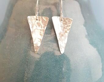 Silver arrow head earrings, Hammered arrows, Contemporary jewelry, spear head earrings, Geometric jewelry, Silver jewellery, UK gift for her