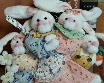 Easter Bunny Family Shelf Sitter/Vintage 1990s Spring Decor/Terrycloth Bunnies/Farmhouse/Country Bunnies/Spring/Country Decor/Rustic