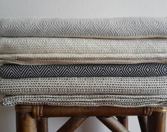 100% Cotton BedCover - Natural Woven Coverlet  - Diamond Bedding - Organic Soft Blanket - Bohemian Bedroom - King Size Bedding
