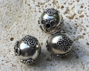 Bali Silver Round Beads with Wire Flowers