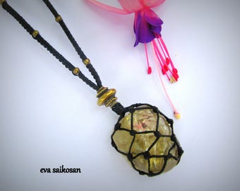 handmade pendant with quartz