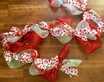 Valentine Garland, Heart Garland, Modern Valentine Decor, Red and White Garland, Valentine Mantle Decoration, Valentine Decoration