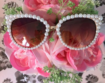 Pearl Sunglasses - Cat eye frame