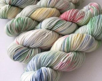 Sock Hand Dyed Australian 80/20 Merino nylon Revelry Sock Fingering 4 ply Knitting Yarn Green Rosella