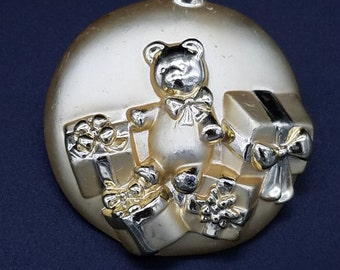 Vintage Signed AJC Gold Tone Christmas Ornament Brooch with Bear and Packages