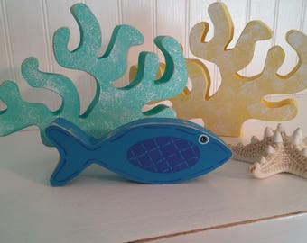 Fish(sm)/ Calypso Blue color/wood/shelf sitter
