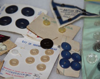 craft items bulk mixed lot vintage buttons used buttons mixed lot of buttons lot M some on original cards
