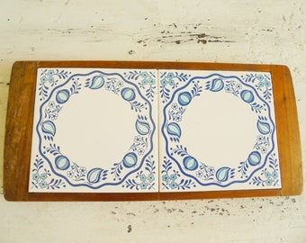 Vintage trivet tile blue onion retro