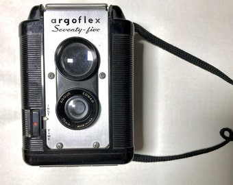 Argoflex Seventy-five Camera (Vintage)