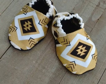 Baby soft soled shoes, crib shoes, baby girl booties, Aztec print baby shoes, gold and black baby shoes, baby shower gift