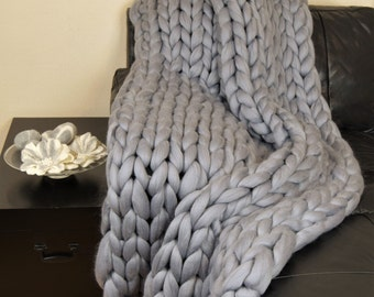 Chunky Blanket throw. Knitted blanket. Merino Wool Blanket. Bulky Blanket. Extreme Knitting.