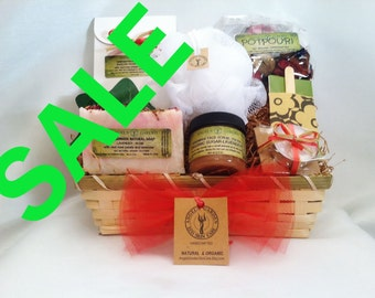 """Shop """"christmas gifts for mom"""" in Bath & Beauty"""