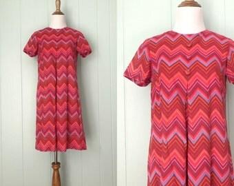 1960s Pink Chevron Cotton Short Sleeve Tent Dress | 60s Striped Mod Trapeze Mini Dress | Vintage Retro Babydoll Shift Day Dress with Buttons