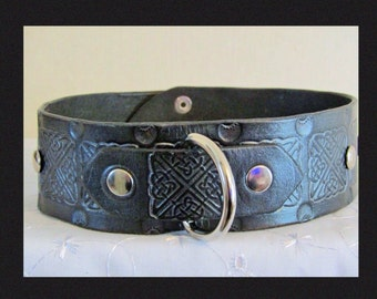BDSM Leather Collar,handmade,DRing,Celtic,Choice of Colour,Rivets,locking Post or Bucklesubmissive,available in other colours!
