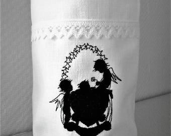 Light bag Vasenhusse Angel embroidered on the cradle