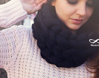 Arm knitted chunky scarf, Knitted Scarf, Chunky Scarf, Wool Scarf, Scarf,Black Scraf,Merino Wool Scarf, Super chunky Scarf, Chunky yarn