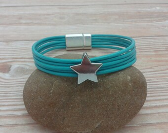 Leather bracelet with star-slider, taupe