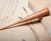 Dealgan / Fearsaid | Drop Spindle | Hand Turned | Pear
