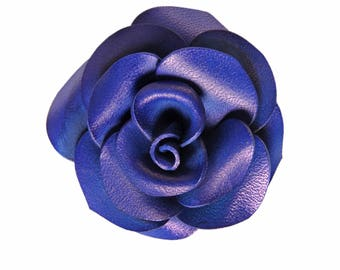 Blue rose flower leather brooch
