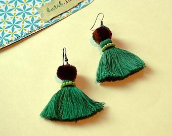 Handmade bohemian earrings, bohemian green earrings, chandelier earrings, pompom earrings.