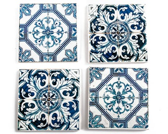 Set of 4 wooden coasters with Azulejos - portuguese tiles photo transfer.