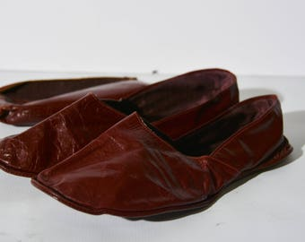 Men's vintage leather folding travel slippers with case by Evans 100 years Standard.