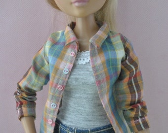 Beautiful handmade shirt for Moxie Teenz dolls