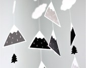 Baby mobile, woodland mobile, mountain mobile, monochrome nursery, mobile bebe, black and white nursery mobile, woodland nursery mobile