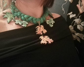 Braided necklace and leaf