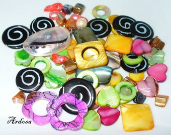 68 mother of Pearl color mix and 1 Pendant (K914)