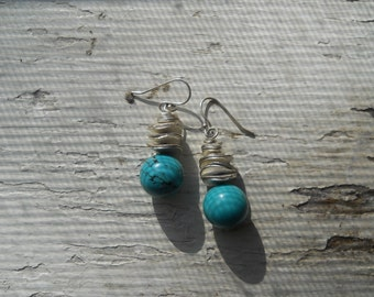 Turquoise dyed howlite and crinkle bead earrings