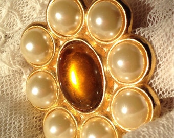Bind simulation pearls and amber