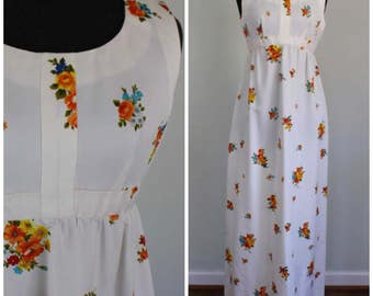 Vintage 70s Floral Maxi Dress - 1970s Gorgeous Flower Queen Hippie Sundress - Size Small