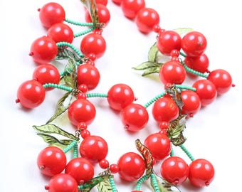 1930/1940s Cherry Necklace