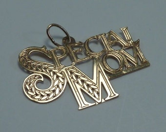 """14K Yellow Gold """"Special Mom"""" Pendant"""