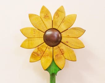 The Primrose Flower Box