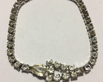 Rhinestones Bracelet - Bridal Jewelry - Vintage Rhinestones - Clear Rhinestones