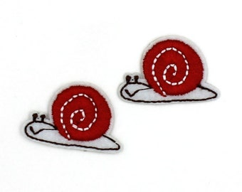 2PCS Snail Patch Sew On / Iron On DIY Patch Embroidered Applique 3.2x2.2cm - RP620