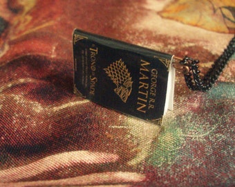 Miniature book necklace * Game of thrones *
