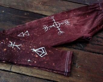 Unique lapland pagan style brown leggins with handpainted decorations size XS-S