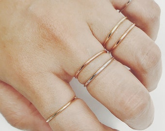 Thin Gold Ring, Solid Gold Band, 1.3 mm 14K Solid Gold Thin Band, Simple Gold Ring Band