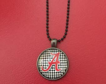 University College Football Alabama Crimson Tide Hounds Tooth Roll Tide Necklace Pendant houndstooth