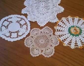 Collection of 5 handmade vintage doilies / Crocheted doilies/ships worldwide from UK